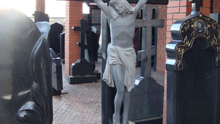 Крест на могилу